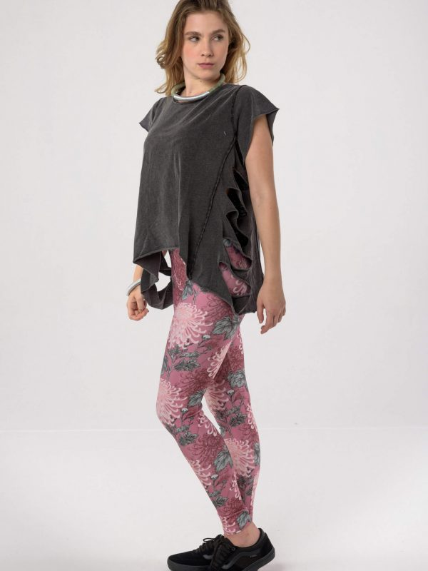 Heartbeatink The Pink Oriental Leggings / Libertee Tina t-shirt