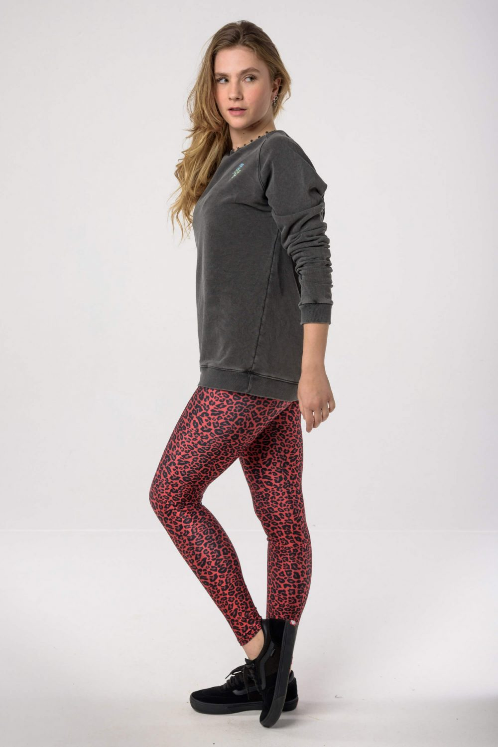 Heartbeatink The Animal Series Leggings / Endalaus Thunder sweatshirt